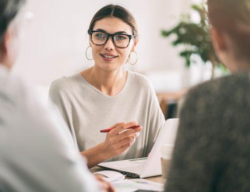 Manter um bom relacionamento com o cliente é fundamental para a boa imagem da empresa e até mesmo fidelização dos consumidores. Descubra como em nosso post.